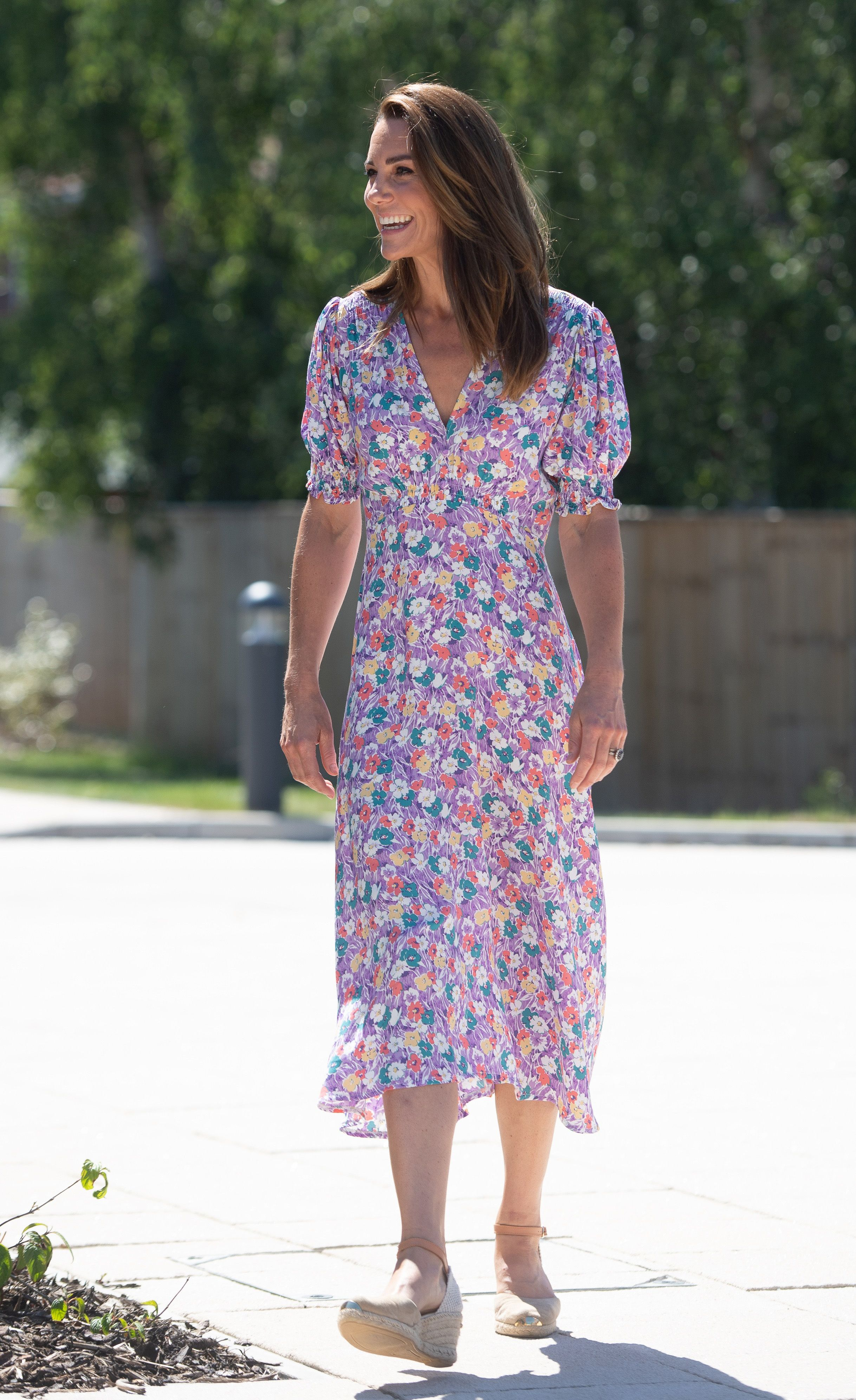 kate middleton s best fashion looks duchess of cambridge s chic outfits duchess of cambridge s chic outfits