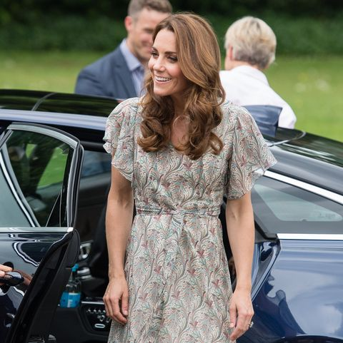 Kate Middleton Wears the Perfect Summer Dress and Espadrilles to a Photography Workshop