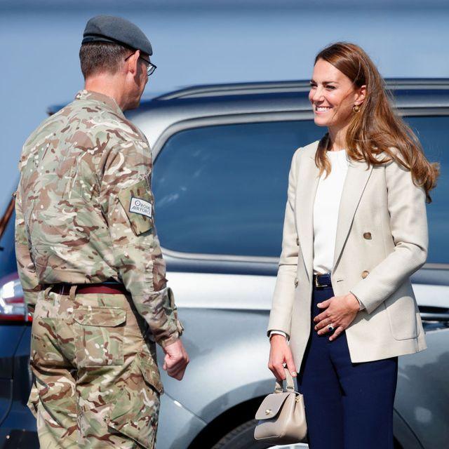 duchess of cambridge british troops after break
