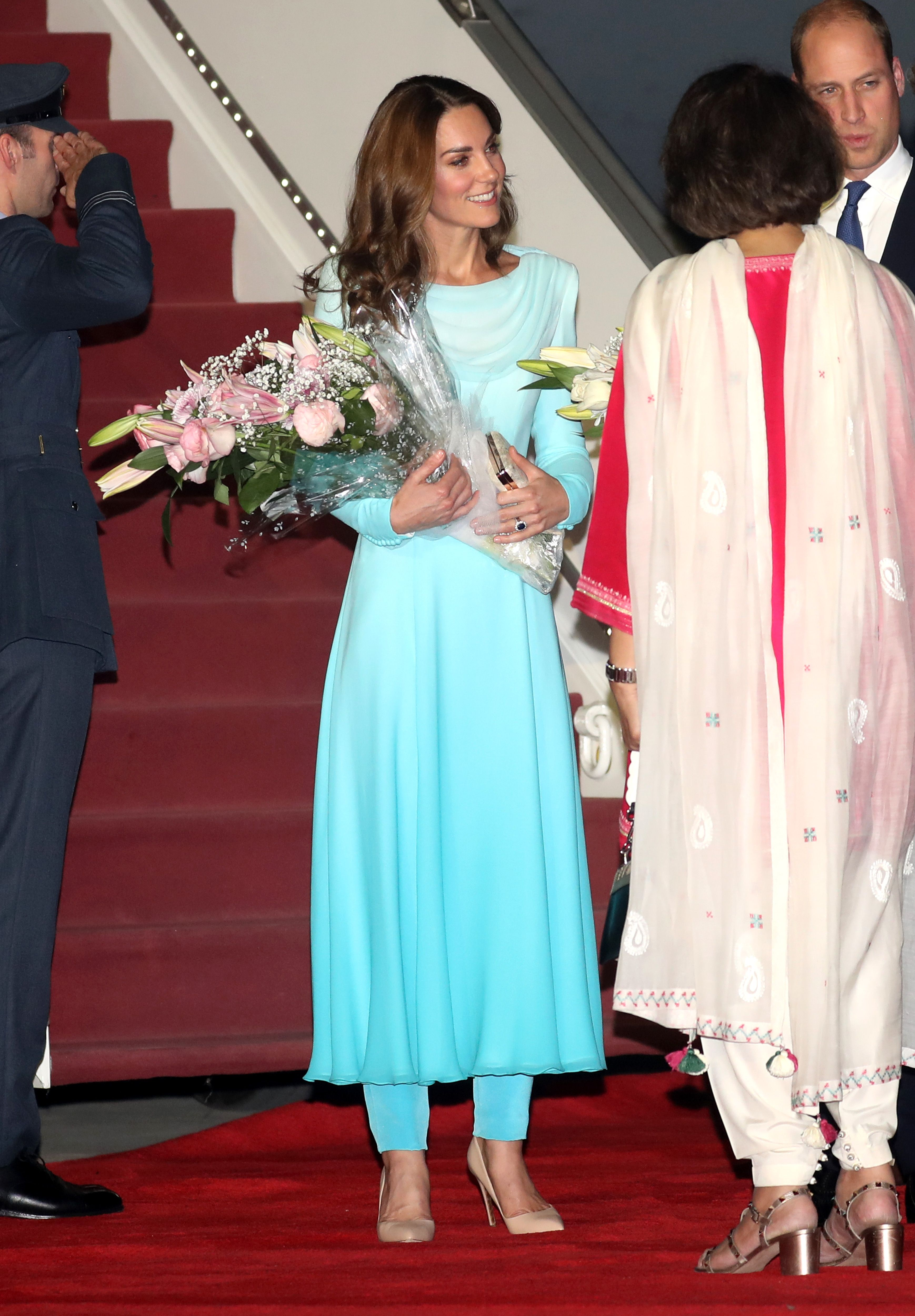 The Duchess of Cambridge channeled Princess Diana as she landed in Pakistan