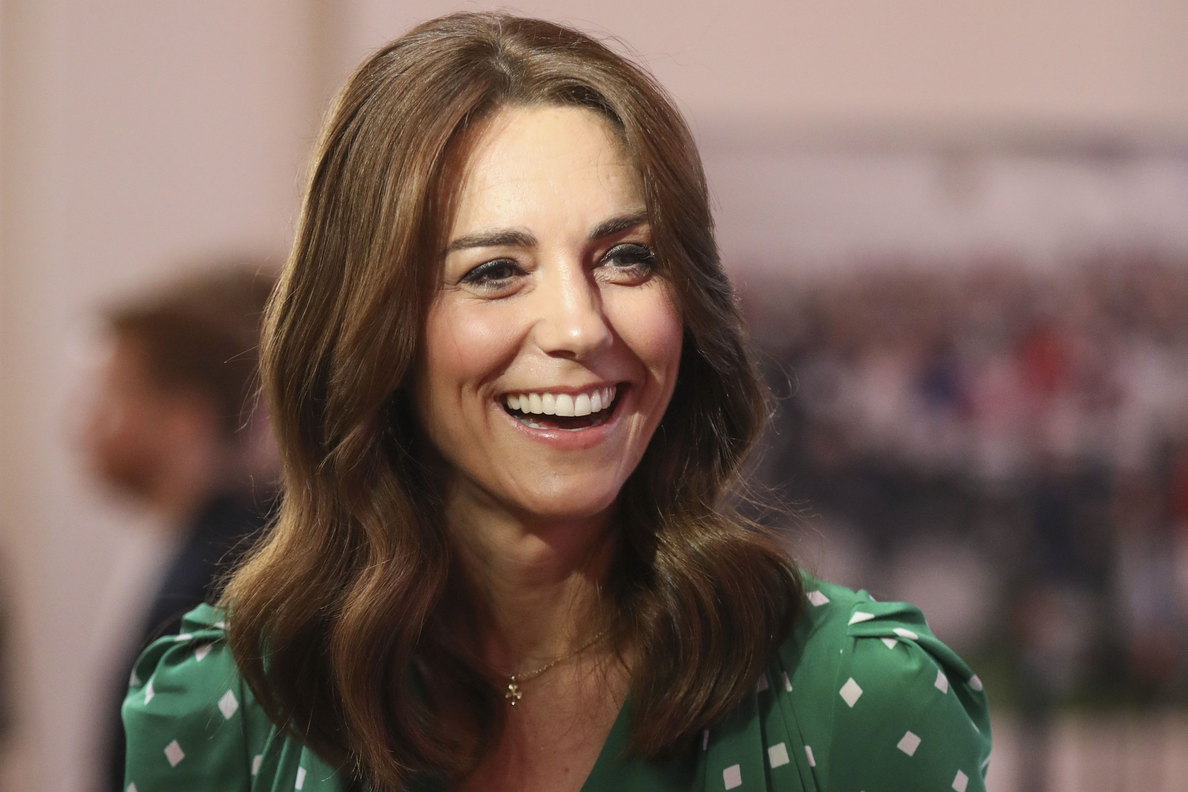 see kate middleton s new haircut with bangs debuted in ireland in photos kate middleton s new haircut with bangs