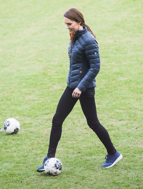 aa8c0ca88e0f Kate Middleton Wears Comfy New Balance Sneakers To Play Soccer
