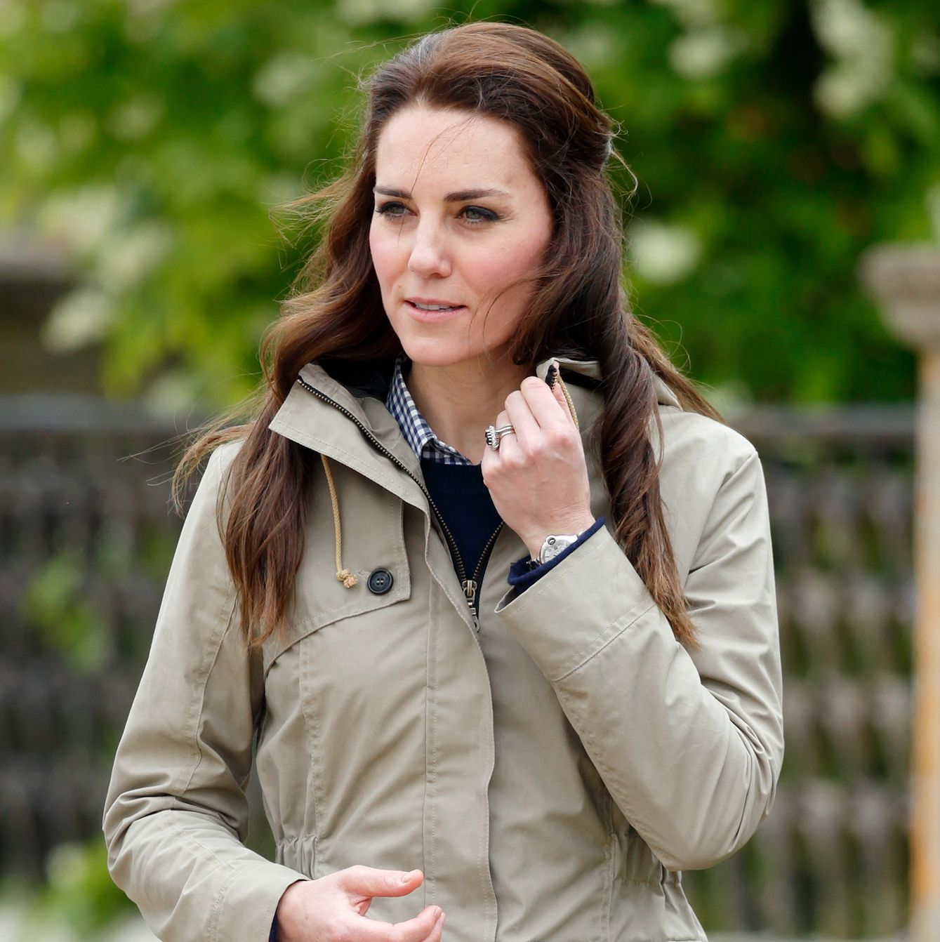 Kate Middleton Walks Outside of Kensington Palace, Shocks Bystanders
