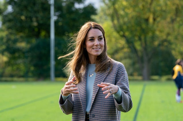 the duchess of cambridge visits students at the university of derby