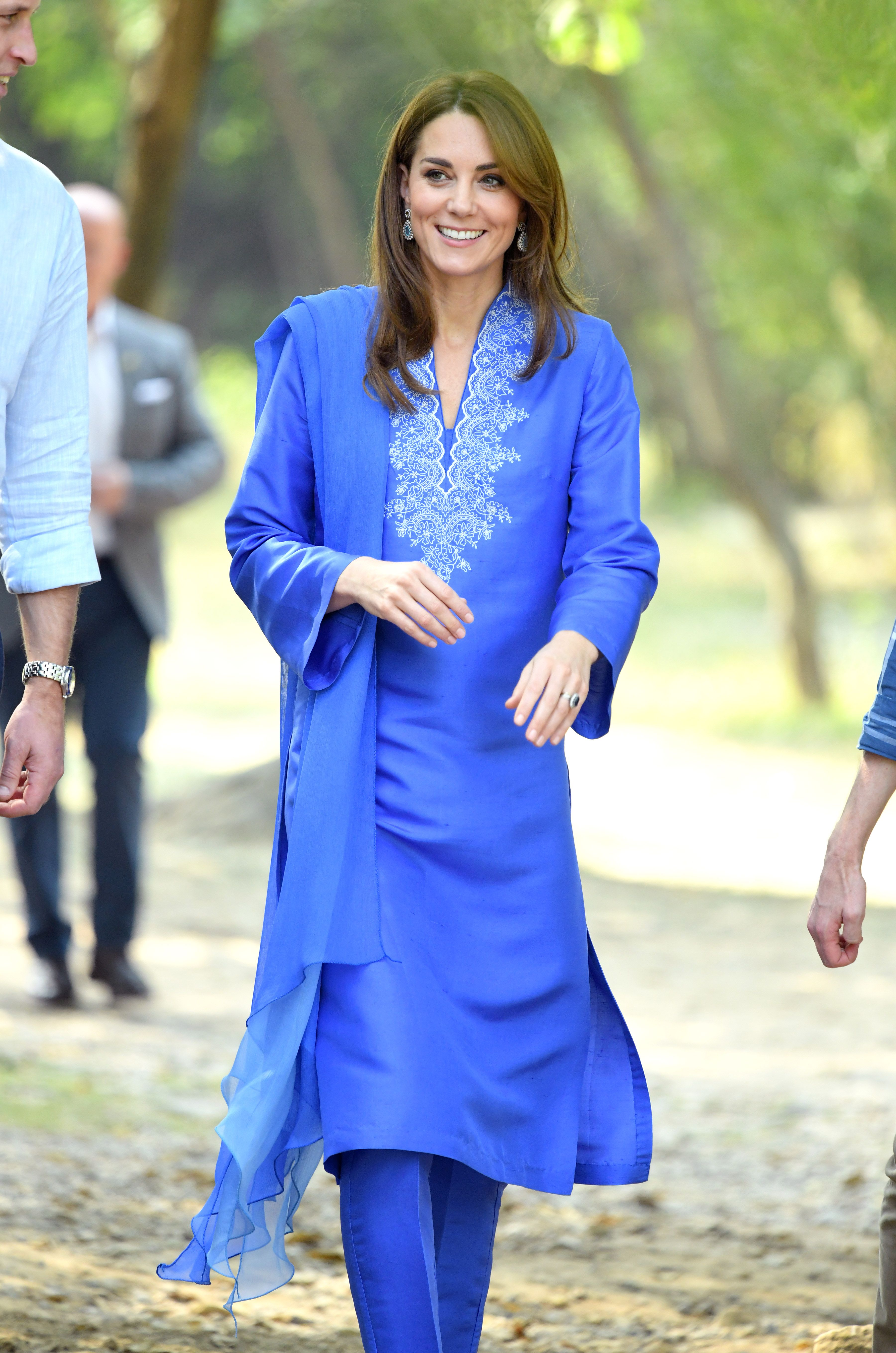 The Duchess of Cambridge wows in blue for first official visit of Pakistan tour