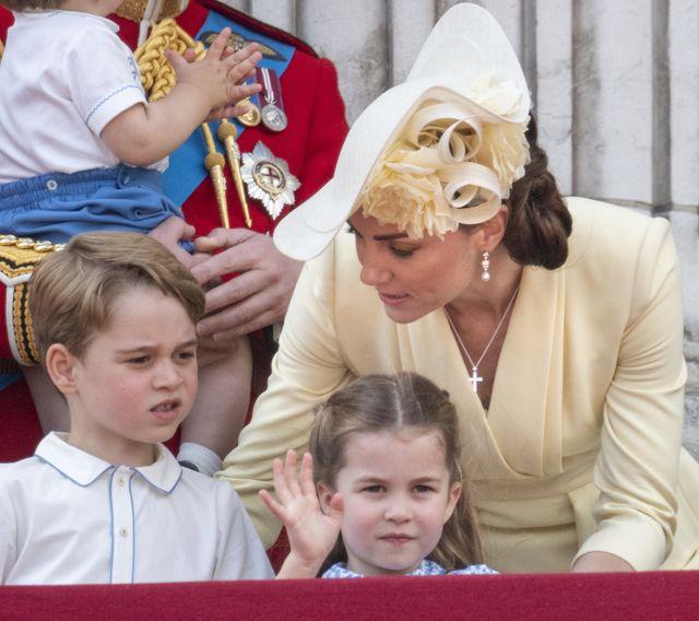キャサリン妃 ジョージ王子 シャーロット王女 ヘア 髪 ヘアカット ヘアカラー