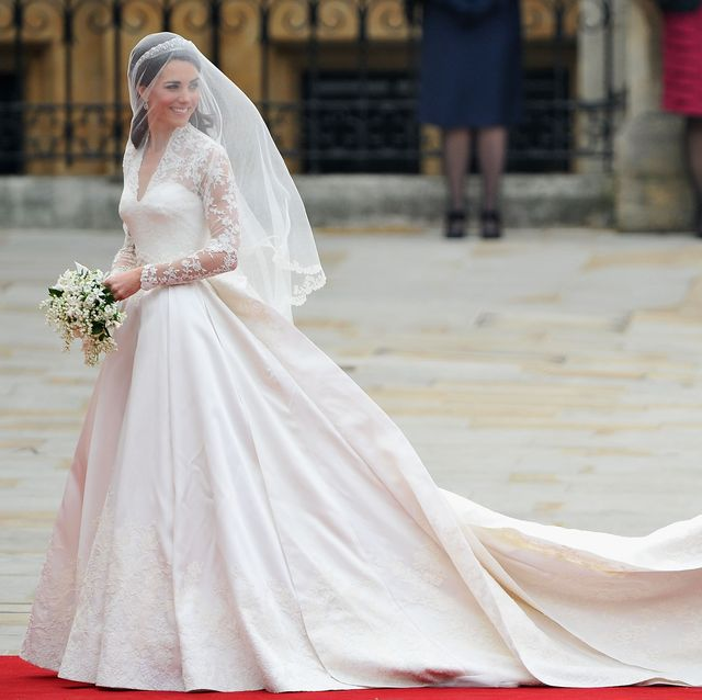 royal wedding wedding guests and party make their way to westminster abbey