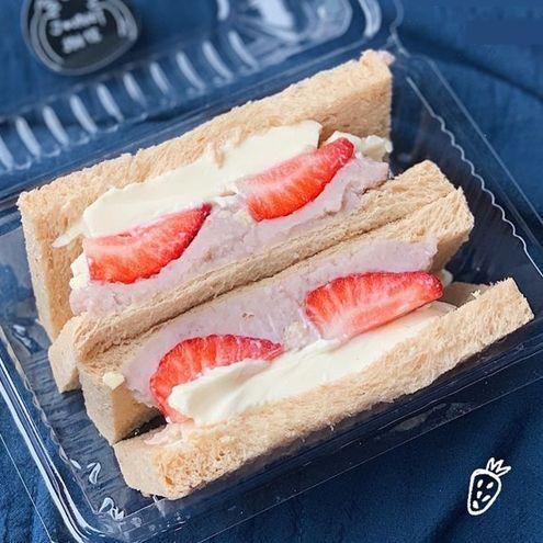輔大不只美食三寶!季節限定三明治、40年牛肉麵老店也是周邊必吃!