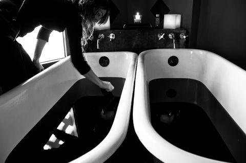 White, Black, Black-and-white, Sink, Plumbing fixture, Automotive design, Monochrome photography, Architecture, Tap, Design,