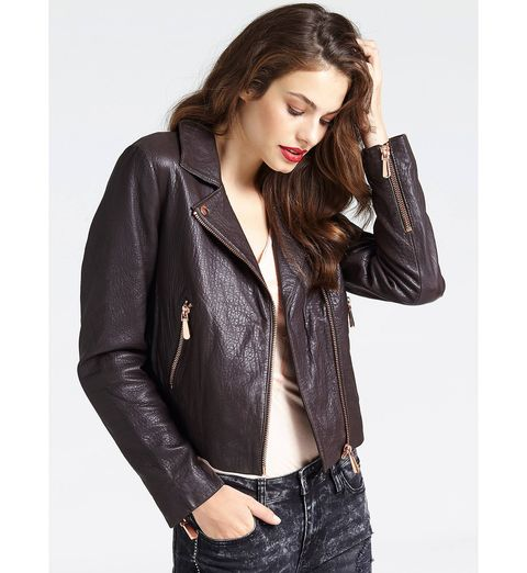 chaqueta cuero marrón guess