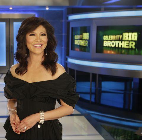 Television presenter, Newscaster, Black hair, Long hair, Newsreader, Smile,