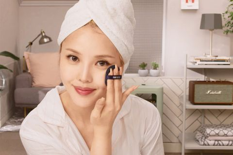 Face, Skin, Eyebrow, Lip, Head, Forehead, Beauty, Nose, Cheek, Chin,
