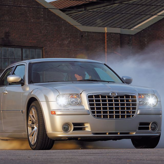Tested 2006 Chrysler 300c Srt8 Muscle Sedan Was Worth The Wait