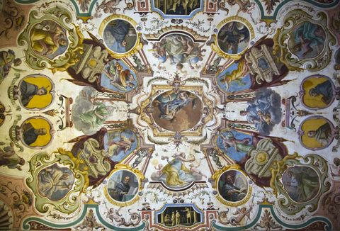 ceiling-frescoes-uffizi-gallery-florence-italy