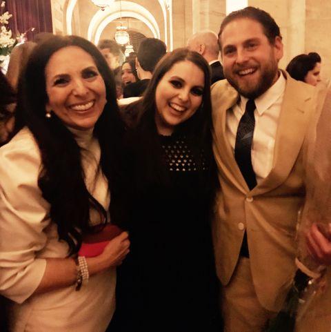 sharon feldstein with her kids jonah hill and beanie feldstein at a movie premiere