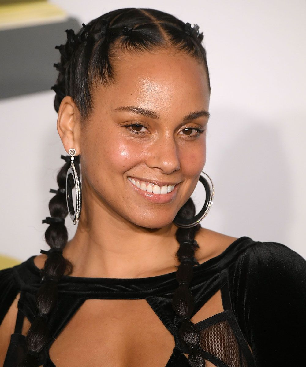 Celebrities no makeup red carpet - Alicia Keys