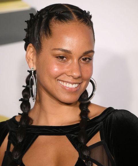 Celebrities no makeup red carpet - Alicia Keys