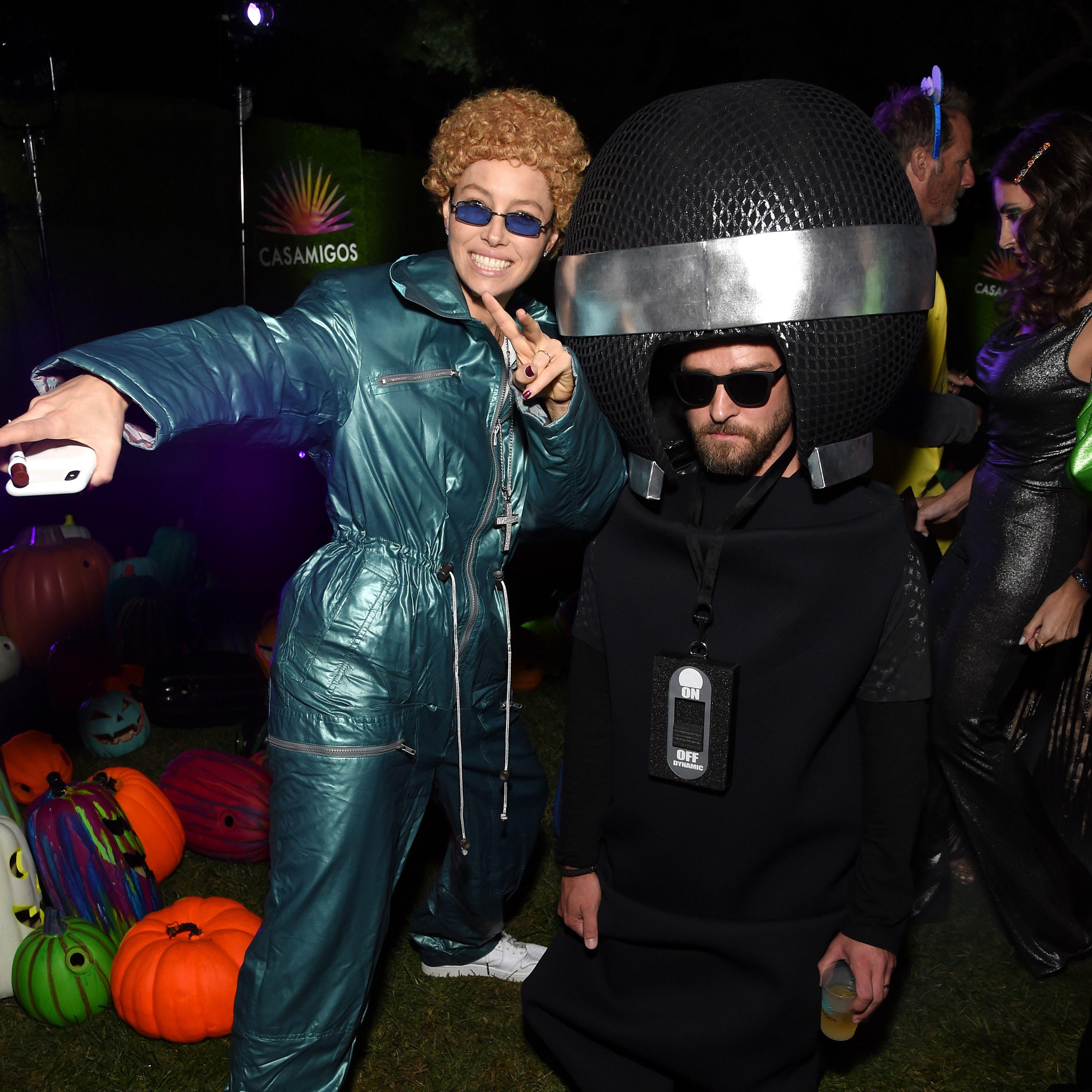 Celebrity Halloween 2020 Jessica Rabbit 10 Best Celebrity Halloween Costumes of 2019   Jessica Biel and
