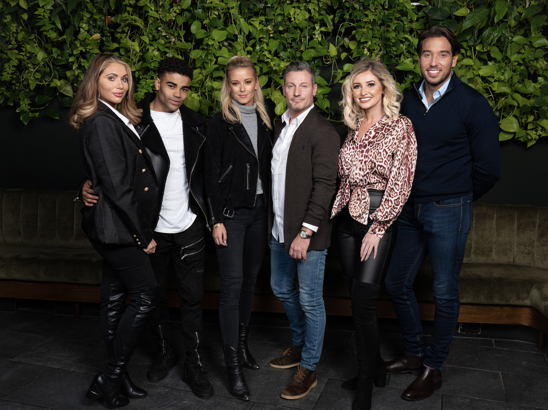 New celebs go dating