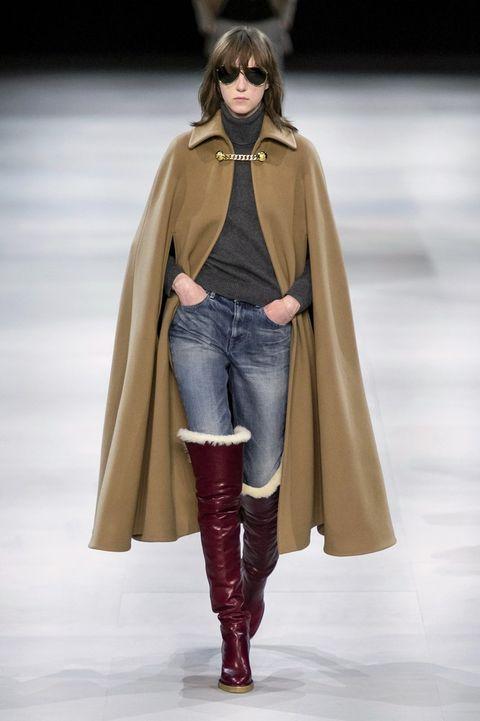 Fashion model, Fashion, Fashion show, Clothing, Runway, Outerwear, Footwear, Human, Fashion design, Shoulder,