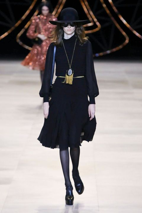 Shoulder, Hat, Dress, Joint, Outerwear, Style, Jewellery, Fashion accessory, Fashion model, Fashion show,