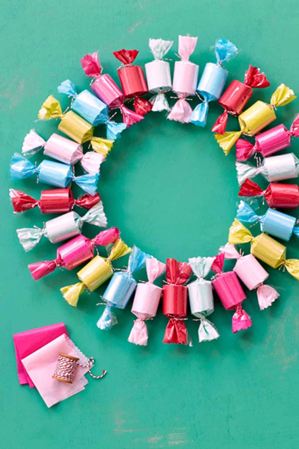 55 DIY Christmas Wreaths - How to Make a Holiday Wreath Craft