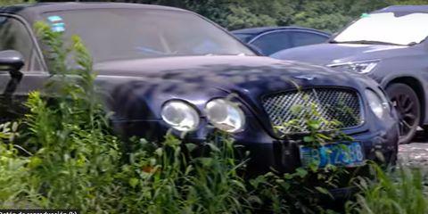 cementerio coches