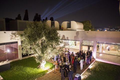 Light, Architecture, Lighting, Night, Sky, House, Design, Urban design, Building, Mixed-use,
