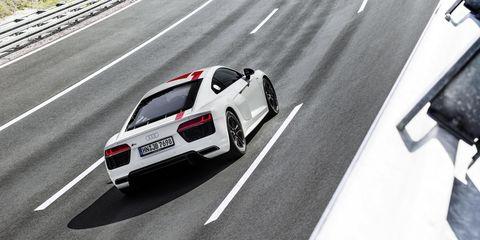Land vehicle, Vehicle, Car, Automotive design, Sports car, Supercar, Performance car, Mode of transport, Audi r8, Race track,