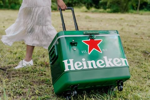 綠色的海尼根露營用品