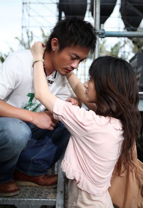 范逸臣、田中千繪12年戀情終於認了!2020年很難,但40歲的兩人仍懂愛