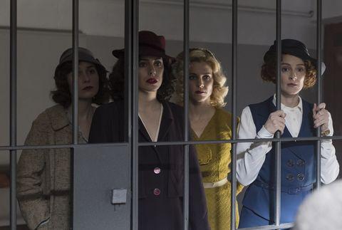 """Nadia de Santiago, Blanca Suárez, Maggie Civantos y Ana Polvorosa en """"Las chicas del cable"""""""