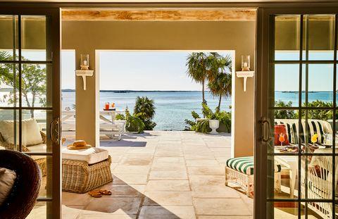 A Bahamas beach house