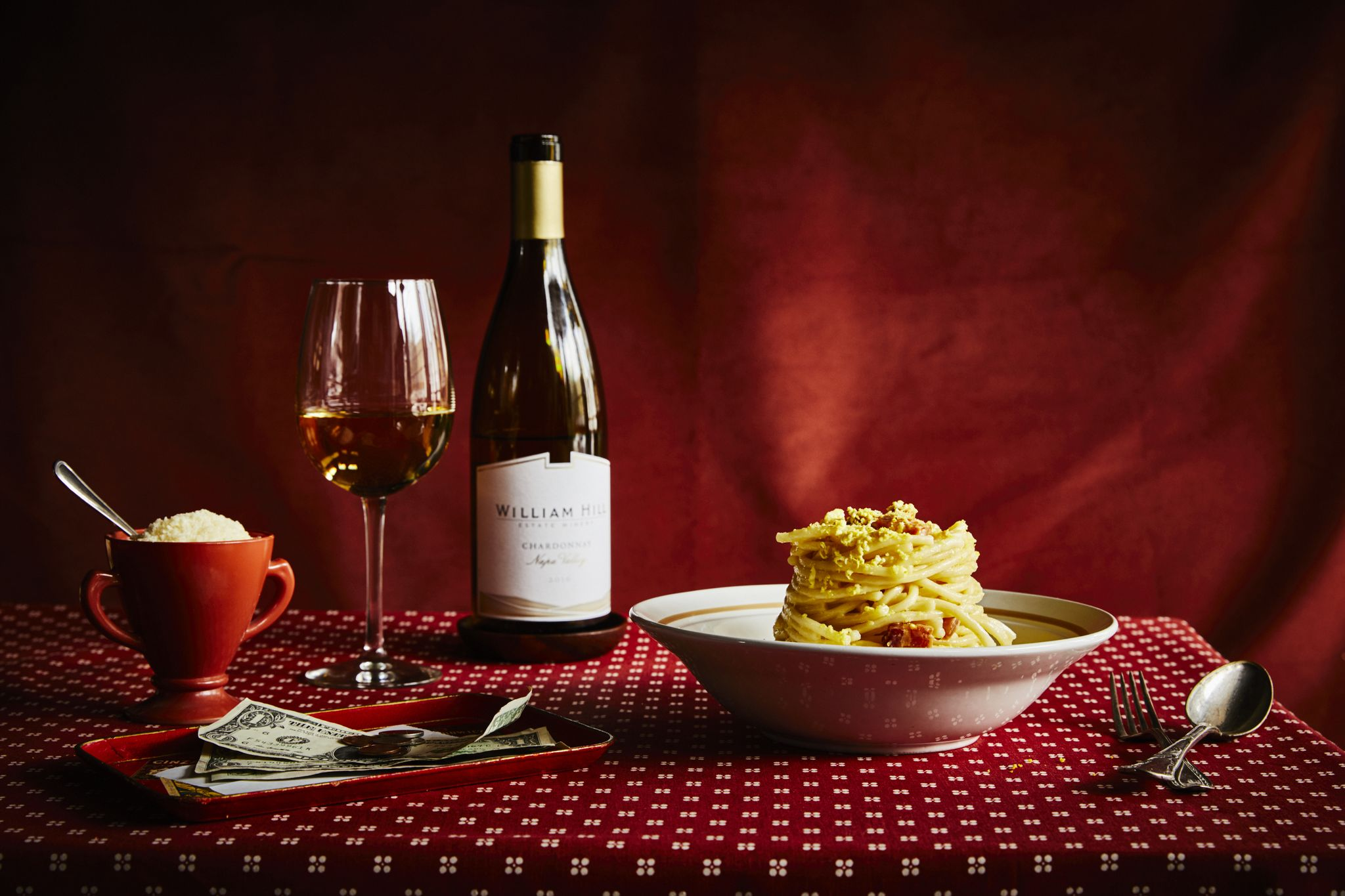 Here Are The Classic Foods to Pair With Your Favorite Wines