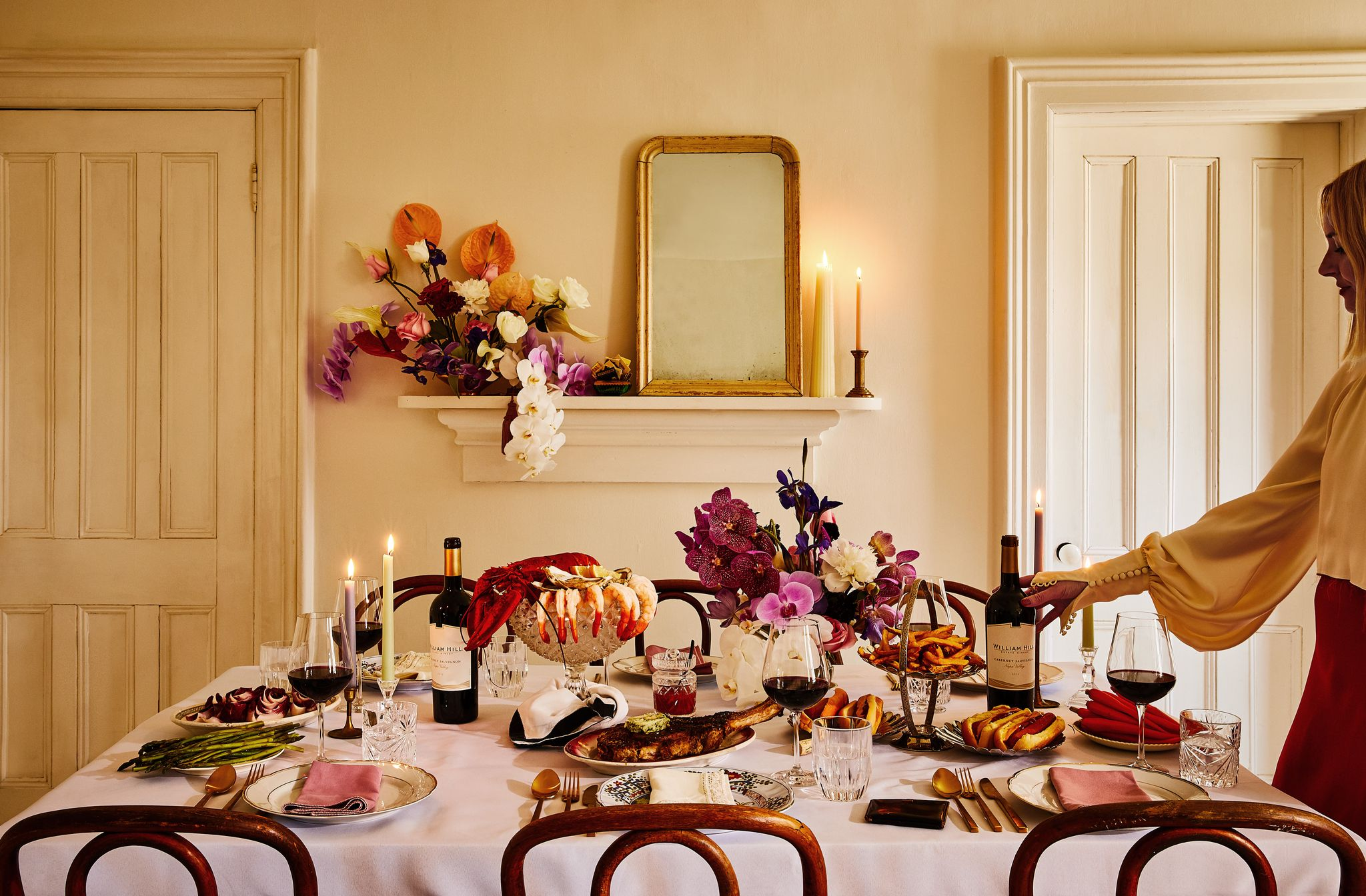 How to Plan a Casual Chic Dinner Party