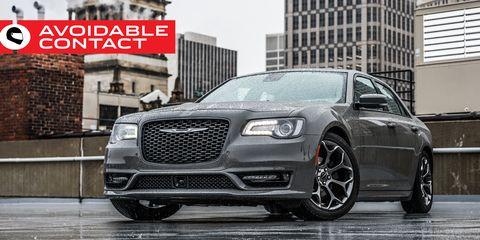 Land vehicle, Vehicle, Car, Grille, Motor vehicle, Sedan, Mid-size car, Chrysler 300, Luxury vehicle, Automotive design,