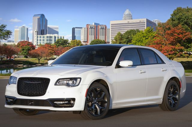 2020 chrysler 300 with red s appearance