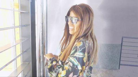 Chabelita con gafas de sol, de resaca