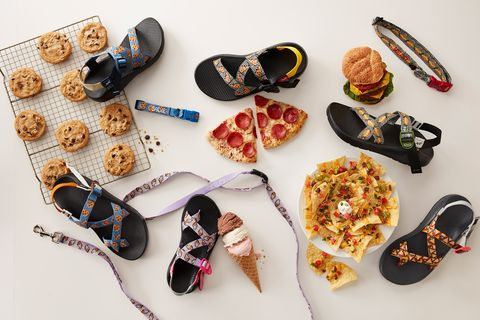 Eyewear, Footwear, Glasses, Shoe, Sunglasses, Fashion accessory,