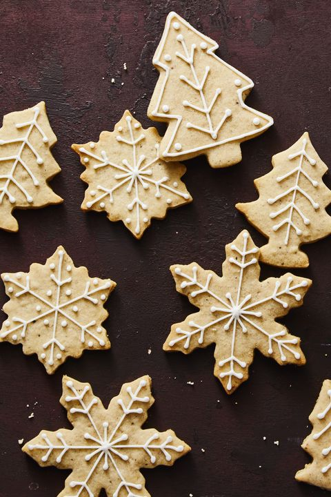 christmas treats - chai tree and snowflake cookies