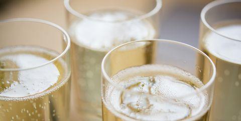champagne court