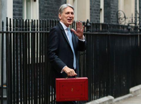 UK Chancellor Delivers Budget to Parliament