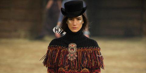 Clothing, Fashion, Street fashion, Beauty, Fashion design, Fashion model, Shoulder, Headgear, Dress, Hat,