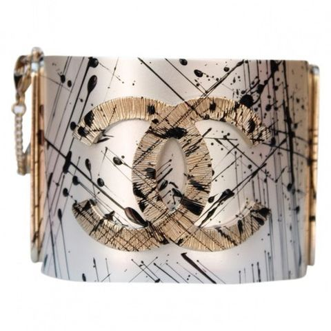 Sheet music, Tree, Music, Beige, Fashion accessory, Plant, Rectangle, Wallet,