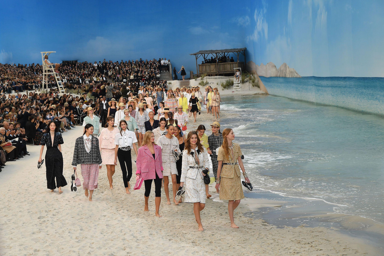 Chanel beach set