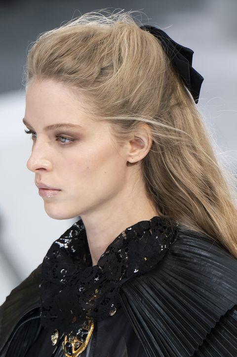 tendenze capelli autunno inverno 2020 2021 sfilate