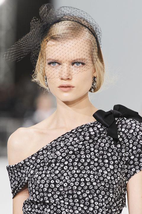 tagli capelli primavera estate 2021 i look di tendenza delle sfilate