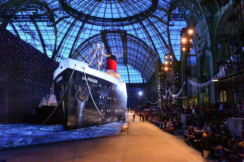 Chanel cruise ship show 2018-19 - La Pausa