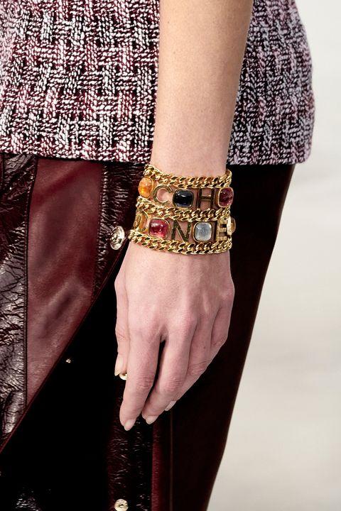 Fashion, Fashion accessory, Jewellery, Bracelet, Bangle, Arm, Hand, Outerwear, Nail, Finger,