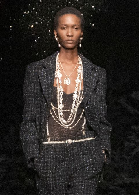 chanel fall 2021 runway jewelry